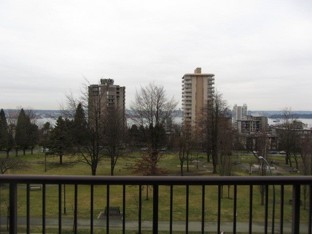 # 402 140 E KEITH RD - Central Lonsdale Apartment/Condo for sale, 2 Bedrooms (V983393) #8