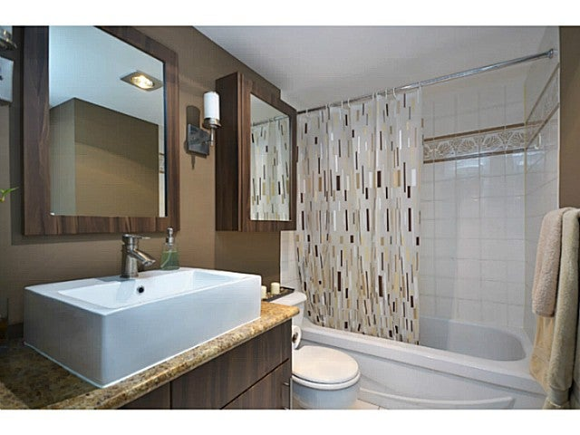 # 201 125 W 18TH ST - Central Lonsdale Apartment/Condo for sale, 2 Bedrooms (V1007882) #6