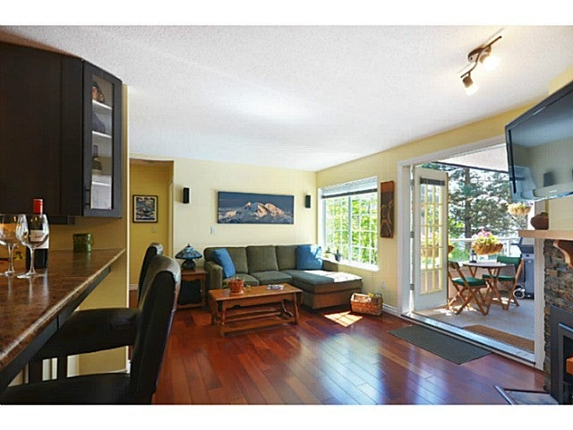 # 201 125 W 18TH ST - Central Lonsdale Apartment/Condo for sale, 2 Bedrooms (V1017766) #1
