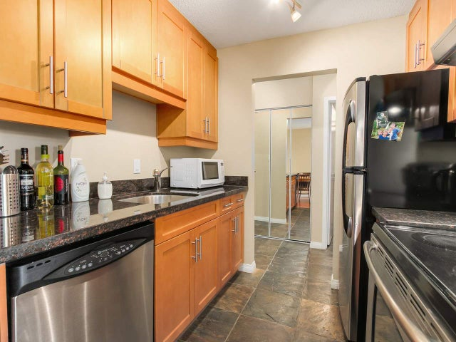 209 275 W 2ND STREET - Lower Lonsdale Apartment/Condo for sale, 1 Bedroom (R2047446) #1